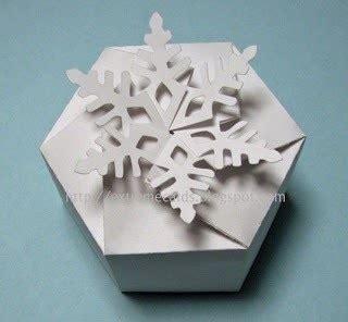 Twist Box Origami - twist top snowflake box 183 how to fold an origami box