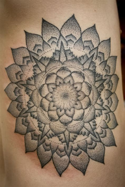 stippling tattoo 95 best images about stippling on logo