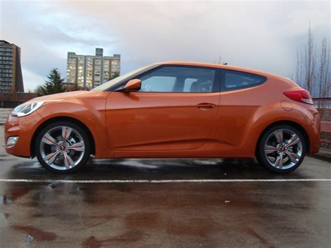 2012 hyundai veloster mpg 2012 hyundai veloster six month road test gas mileage wrap up