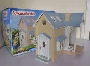 sylvanian families cottage sylvanian families bluebell cottage boxed 163 13 50