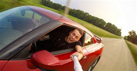 nissan gtr roman atwood why did nissan give roman atwood a gt r