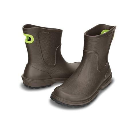 croc boots crocs crocs wellie espresso n24 mens boots crocs
