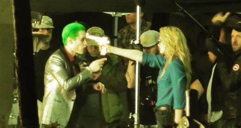 imagenes de joker suicide squad leaked suicide squad videos shows harley quinn and the