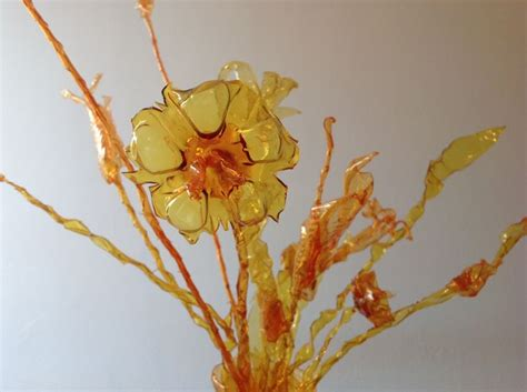 fiori di plastica 17 migliori idee su creazioni con bottiglie di plastica su