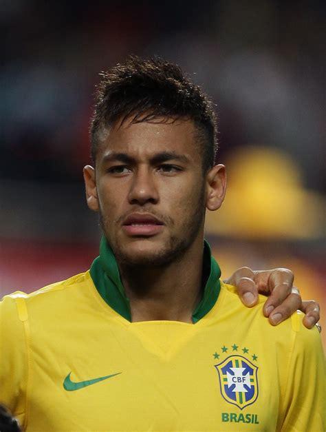 Neymar Jr Hairstyle 2015 by Top 10 Neymar Hairstyles 2015