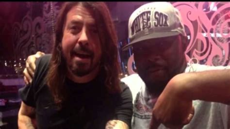 dave grohl tattoos removed foo fighters dave grohl gets ace of spades in