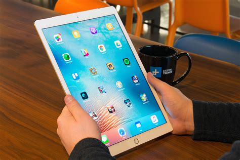 Spesifikasi Tablet Apple rumor spesifikasi apple pro 12 9 andalkan ios 10 layar retina display 12 9 inch oketekno