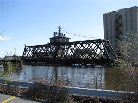 the swing bridge bridgehunter com cnw milwaukee river swing bridge