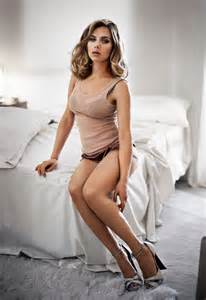 Wolf Vanity Tops Scarlett Johansson Real Life Creative Amp Unscripted