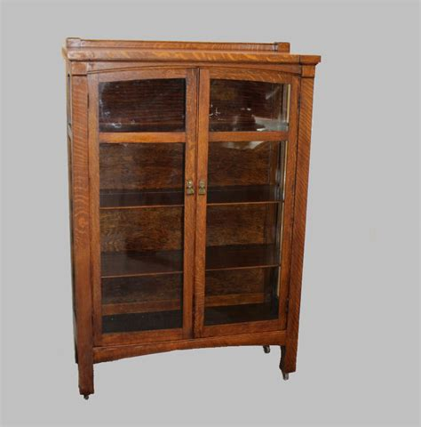 Bargain John's Antiques » Blog Archive Mission Oak China Cabinet   original finish   Bargain