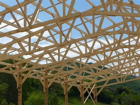charpente hangar bois charpente hangar bois 183 photo gratuite sur pixabay