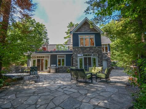 5 bedroom cottages for rent in ontario beautiful modern waterfront muskoka cottage vrbo