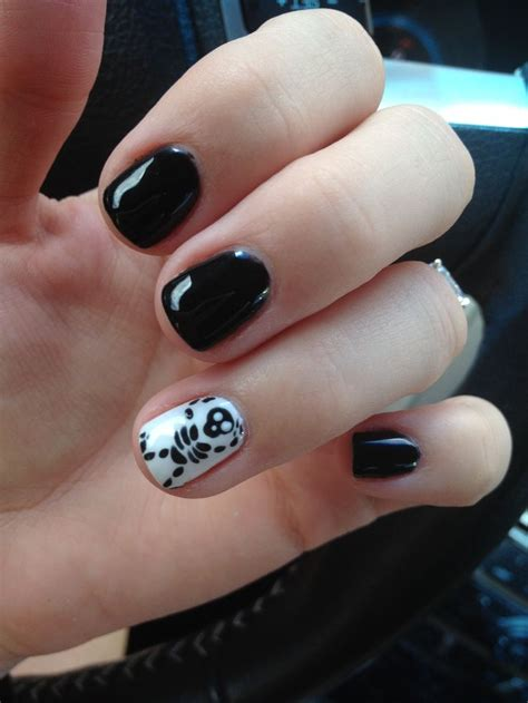 dead nail bed 1000 ideas about dead toenail on pinterest toenails new year s nails and nail bed