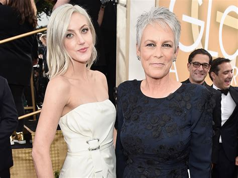 christopher guest the bachelor golden globes 2016 jamie lee curtis brings daughter annie