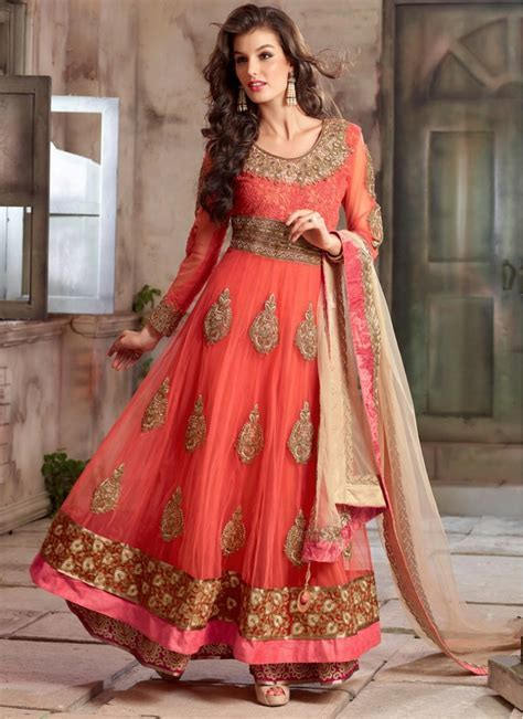 Buy Women's Clothing online from India at the Cheapest Rate