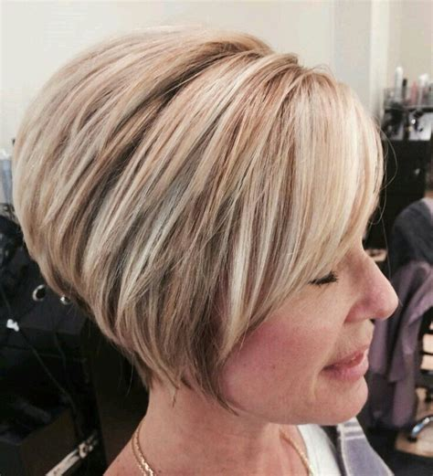 short frosted hair cut 108 best images about mijn on pinterest aline bob