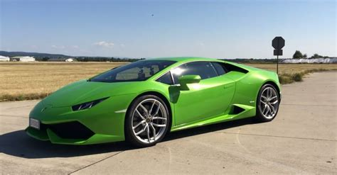 Spot Auto by Lamborghini Hurac 225 N Goes 0 211 Mph In Launch Test