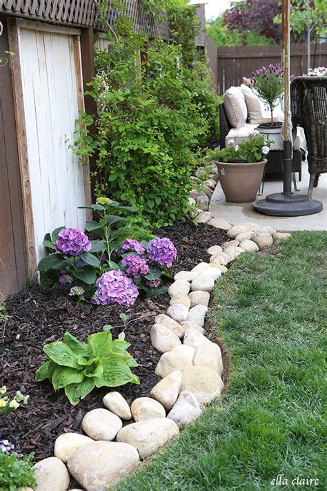 Rock Garden Borders 25 Best Ideas About Patio Makeover On Landscaping Backyard On A Budget Budget