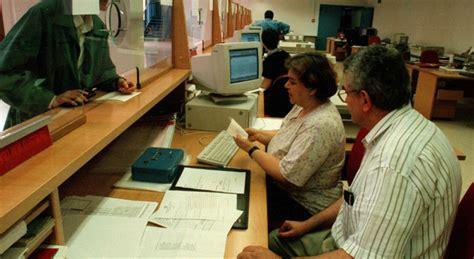 moldava si spaccia per romena per ottenere il all anagrafe si spaccia per romena per ottenere documenti