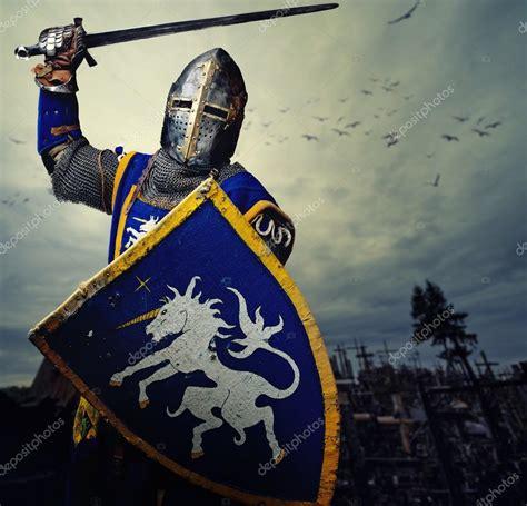 caballeros del reino de 8408130323 paseando por la historia c 243 mo ser caballero en la edad media
