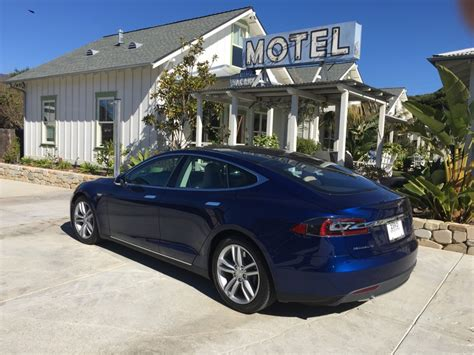 image 2016 tesla model s 90d during southern california
