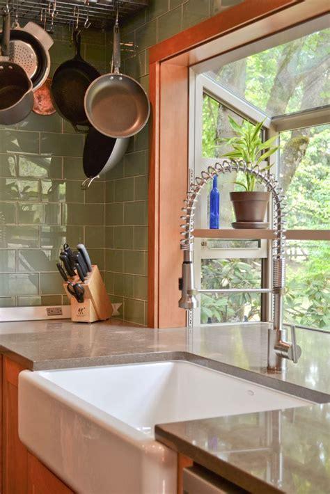 Kitchen Bay Window Sink by 15 Must See Kitchen Bay Windows Pins Bay Window Seating