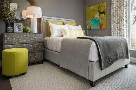 Kleine Räume Größer Wirken Lassen by Wohnzimmer Blau Grau Braun