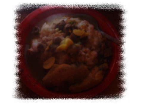 Panci Bubur Ayam dapur bersama bubur ayam kuah kuning