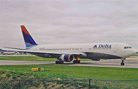delta air lines flight 1989