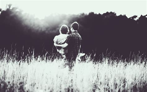 black and white couple wallpaper couple in love monochrome wallpapers couple in love