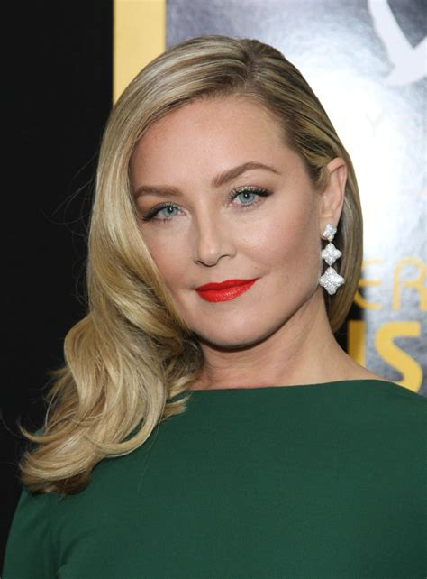 elisabeth röhm elisabeth rohm at american hustle premiere in new york