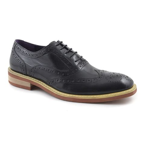 oxford shoes or brogues buy black oxford brogue mens shoes gucinari brogues