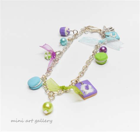 charms mini gallery