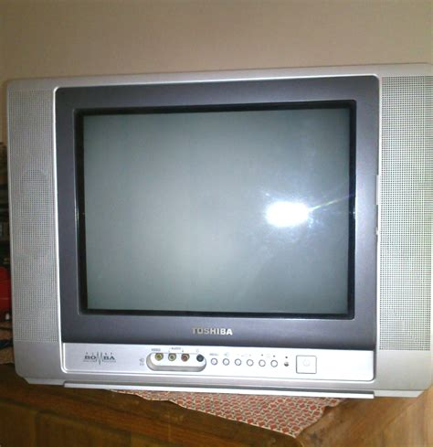 toshiba original flat dynamic bomba 15 color tv clickbd