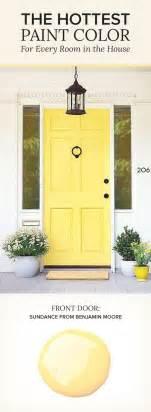 Benjamin Moore Door Paint by 25 Best Ideas About Yellow Doors On Pinterest Yellow