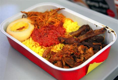 airasia manado a look at airasia s reved inflight meals to indonesian