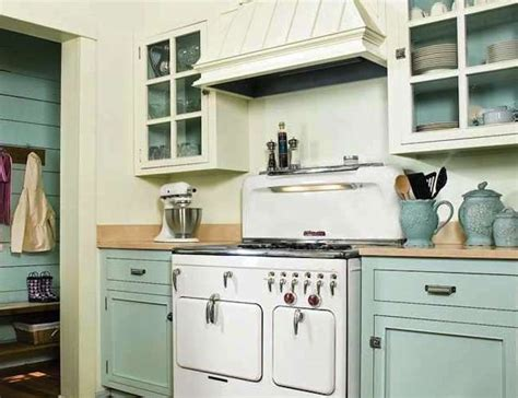 milk paint on kitchen cabinets choosing milk paint kitchen cabinets jessica color