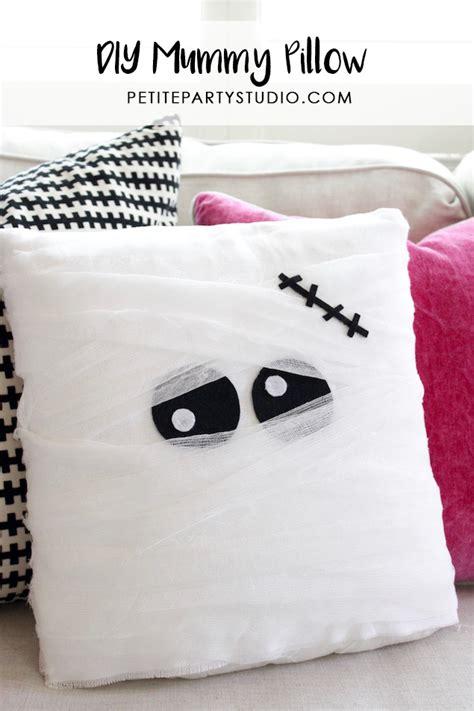 The Mummy Pillow diy mummy pillow and favor bags