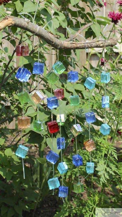 Hanging Bird Bath Fountain – Solar Bird Baths   Hanging Bird Bath Bubbler   Solar