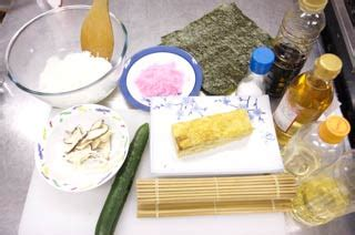 futon roll sushi how to cook futomaki sushi roll mustlovejapan