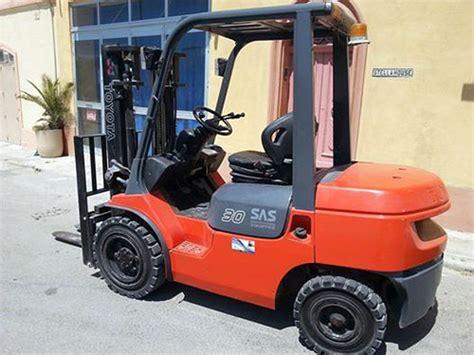 rent  diesel powered forklift  malta malta rentals