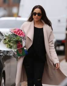 meghan markle toronto meghan markle shopping for flowers in toronto