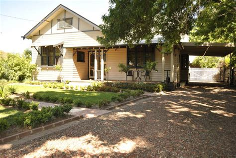Crofton Cottage Echuca by Accommodation Self Contained