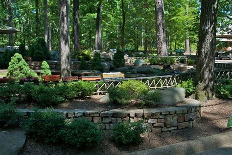 spend the day at garvan woodland gardens in springs