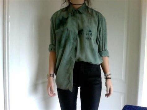 green jeans wallpaper long sleeve shirt green blouse tumblr outfit grunge