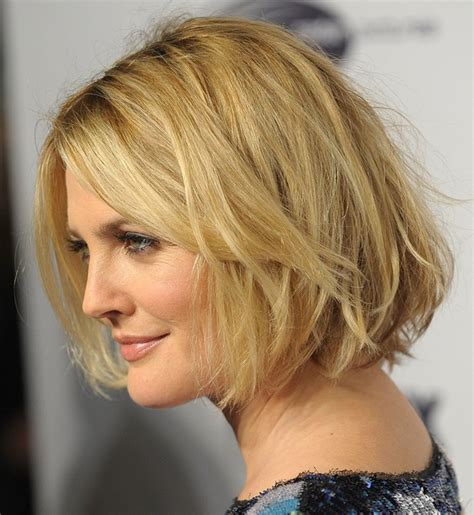 how to create messy bob latest hairstyles chic short messy wavy bob haircut for