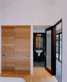 Bathroom Closet Door Ideas by Fantastic Japanese Sliding Closet Doors Decorating Ideas