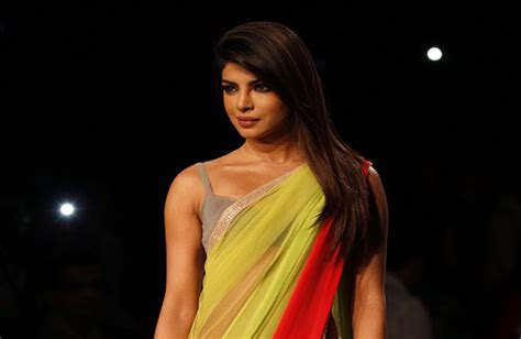 Fashion Tv In India by Lakme Fashion Week 2013 Photo Gallery Indiatv News
