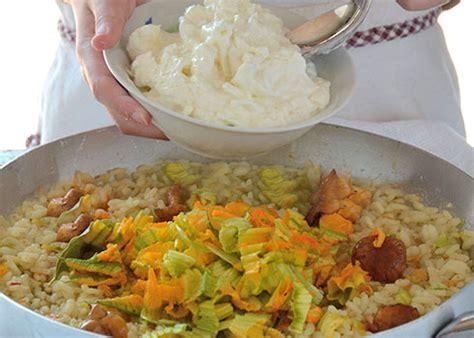 risotto ai fiori di zucchina risotto ai fiori di zucchina con stracciatella riso gallo