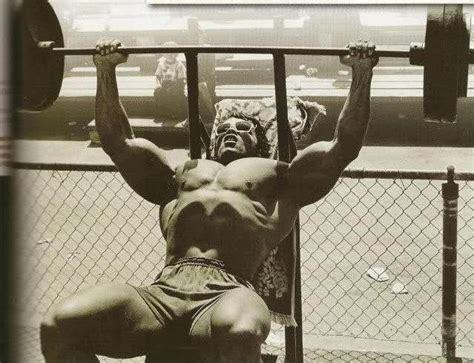 arnold schwarzenegger bench the difference between working out and training
